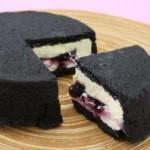スイーツ_真っ黒チーズケーキ
